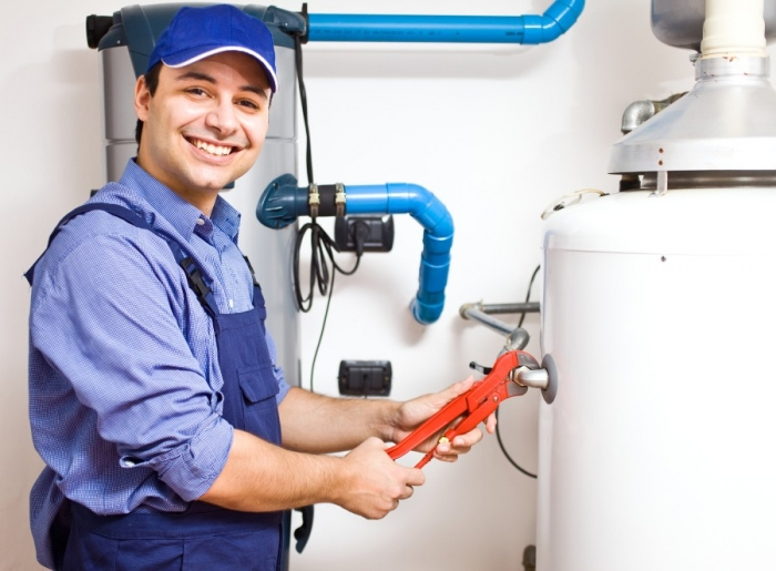 calling-water-heater-repair-experts